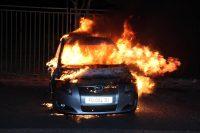 ecole d'esther le seigneur brule la voiture d'une personne qui avait escroqué une dame